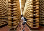 Cycling and eating around Parma, between Parmigiano and Aceto Balsamico, Parma, ITALIA
