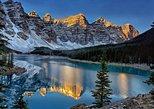 1-Day Tour: Calgary, Lake Louise, Moraine Lake and Emerald Lake,