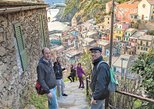 Private Day Trip to Cinque Terre from Genoa With Local Driver and Pick-Up. Genova, ITALY