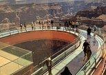 Las Vegas: Grand Canyon West Bus Tour with Optional Skywalk,