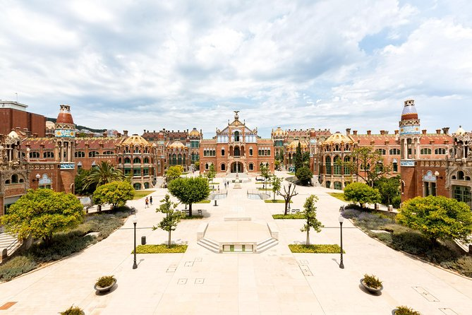 On this self-guided visit to Sant Pau, one of the world's largest Art Nouveau sites, learn about one of Lluís Domènech i Montaner's most important works and one of the most significant restoration projects in recent years. As you journey through one of the oldest medical institutions in Europe, you'll seehow the Art Nouveau complex was designed and built and learn aboutits current use as an internationally acclaimed center for knowledge. Sant Pau is wheelchair accessible, and you can use your ticket any time when the center is open.<br>