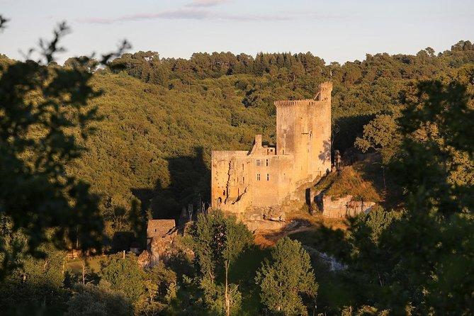 Excursiones, talleres y juegos en el Château de Commarque cerca de Sarlat, Bergerac, FRANCIA