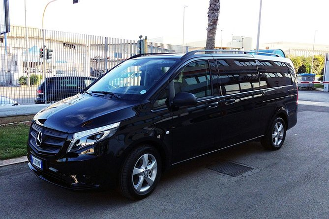 Take the stress out of your arrival in Rome and pre-book a superior Shared transfer service from Ciampino or Fiumicino Airport to the city center. Travel by well maintained vehicle and arrive refreshed. The service is also available for airport departures. <br><br>Cancellations <br><br>Policy  <br><br>No charges applied for cancelation up to 24 hours before the agreed pick-up time