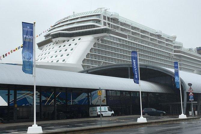 Southampton Cruise Terminal to London Via Stonehenge, Southampton, ENGLAND