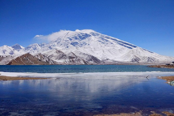 MÁS FOTOS, Private Day trip to Karakul Lake from Karshgar with Horse Riding Option