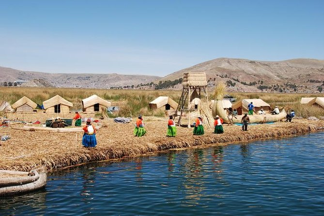 Visit Taquile Island where you will see an indigenous community that has conserved its original traditions and organization. And in addition make a stop at the famous Uros reed islands.