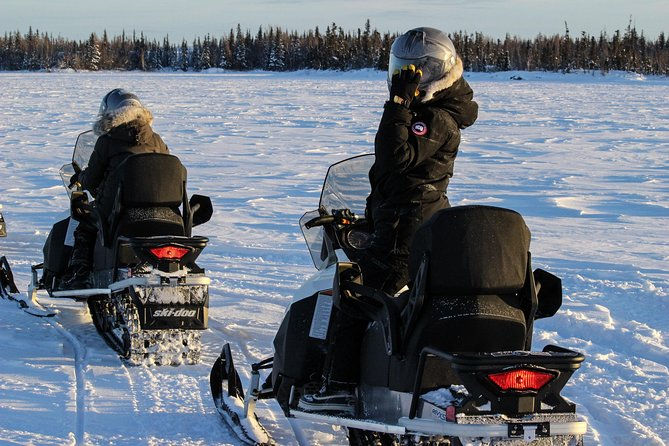 Experience a true northern winter adventure on a 1.5 - hours snowmobile tour. Your expert guide will lead you on your adventure through frozen lakes and beautiful wilderness trails surrounding the city of Yellowknife.