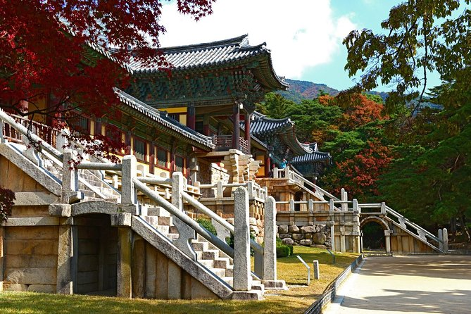 Explore Korea's historical eastern cities on this 4-day, English speaking guided tour package! With a thousand years of rich history, the eastern cities of South Korea have plenty of historical sites to offer including Gyeongju city, where you can find many UNESCO World Heritage sites. You also will have a chance to go hiking on one of the most famous mountains in Korea - Mt Seoraksan. Don't hesitate and join the adventure today!