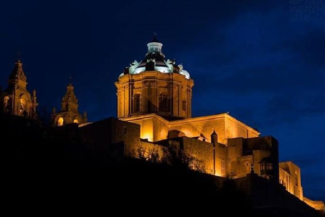 During this tour you visit Valletta, Mosta and Mdina by night. The 5D Show is also included in the tour.