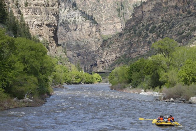 MÁS FOTOS, Glenwood Springs Short and Mild Rafting Trip