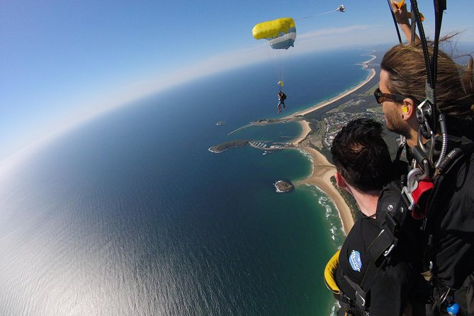Coffs Harbour Ground Rush or Max Freefall Tandem Skydive on the Beach, Coffs Harbour, AUSTRALIA