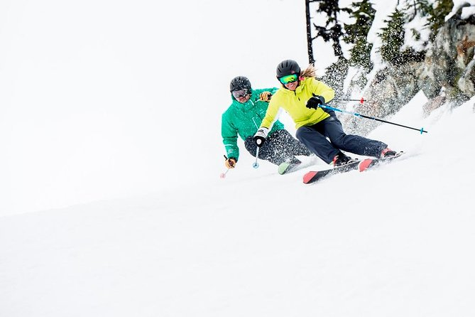 Hit the slopes with this preferred package for intermediate skiers! Rental period is 24 hours, leaving you plenty of time to enjoy the snow and maximize your skills.