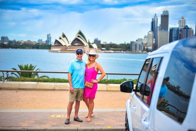 Experience the very best of Sydney on your luxury private city tour.<br><br>Your full day 8 hour private city tour will reveal the very best of Sydney in the care of your local expert guide. Tours start at a time that suits you with pick up from your hotel, airport or cruise ship terminal travelling aboard the fully appointed Land Rover discovery with full leather interiors, dual a/c, huge windows and lower-able air suspension for easy access. Enjoy refreshments and wifi on board and attentive guiding throughout the day as you see Sydney's most beautiful sights and hear about our fascinating history and local culture. Discover the classic sights like the Sydney Harbour, Opera House, The Rocks, Bondi Beach etc while also escaping the crowds to experience stunning local bushland and a sumptuous waterside lunch away from the hustle. As a boutique tour operator you are assured of an exceptional day out and the piece of mind of touring with a 5 star rated local company.