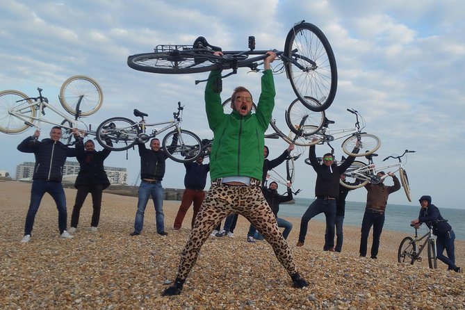 About<br><br>Give your stags a wonderfully eclectic time - why not start yours with a cycle tour of Brighton? This enables you to orientate yourself around the city, plus providing a fun andeccentric way to enjoy the beginning of your celebrations. Visit iconic landmarks, hear amazing facts, and take some memorable photos of yourself and your friends... Treat yourself to a trulyalternative experience and enjoy the beautiful city of Brighton with your mates.