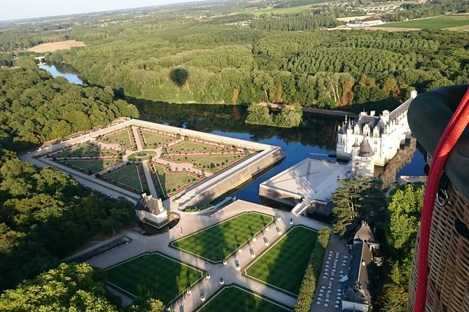 Admire panoramic views over the Loire Valley from the skies on this 3-hour sunrise or sunset hot-air balloon ride from Amboise. Drift gracefully over the forests, lakes, orchards, and vineyards of the Loire Valley with a pilot. Watch the sun slowly rise or set on the horizon and capture the spectacular views on camera, then toast your flight with a flute of Champagne or sparkling grape juice on landing. This tour includes round-trip travel from your Amboise hotel.
