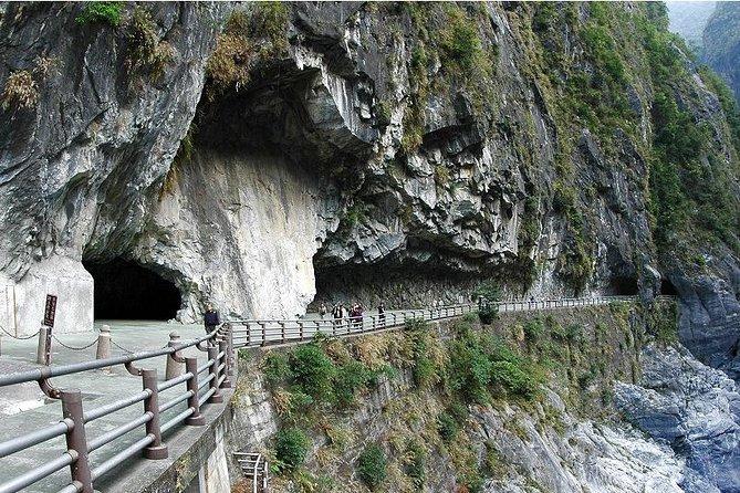 2-Day East Coast and Taroko Gorge Scenic tour, Taipei, TAIWAN