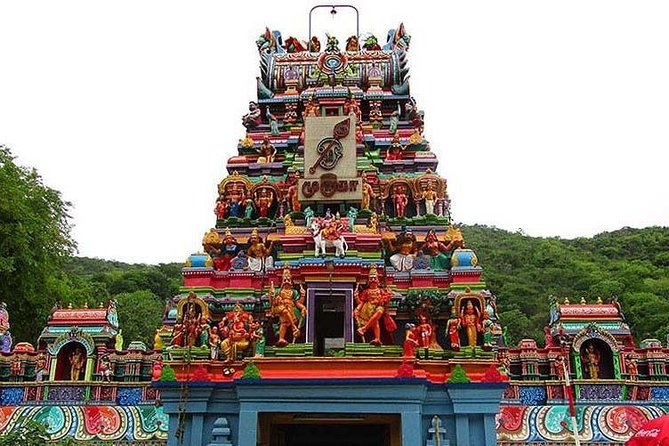 Thiruparankundram is the first among the six abodes (Arupadai Veedu Temples) of Lord Murugan. This is the place which is associated with the divine marriage of Lord Murugan with Goddess Deivanai and so it is considered as a sacred place for marriages. <br><br>Pazhamudhir Solai is the sixth mentioned temple of Lord Murugan's Arupadai Veedu Temples. Lord Murugan here stands with a posture of single face with Goddesses Valli and Goddess Deivanai on His both sides.<br><br>Kallazhagar dedicated to the Hindu godVishnu. Constructed in theDravidian style of architecture, the temple is glorified in theDivya Prabandha, the early medievalTamilcanon of theAzhwarsaints from the 6th–9th centuries AD.<br>