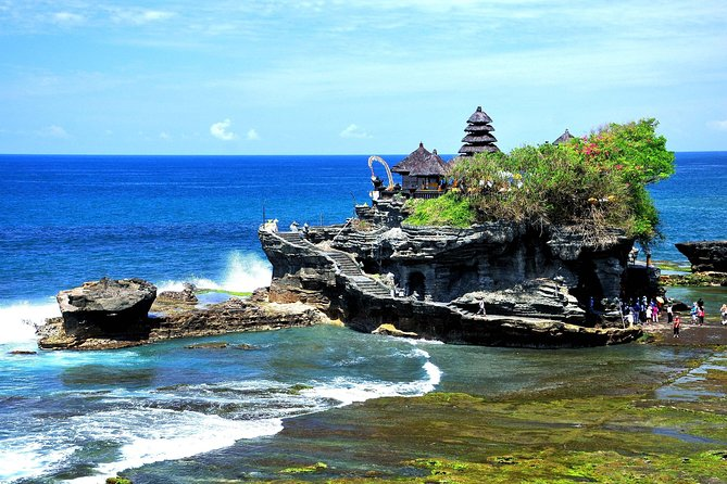 Enjoy half day tours by visiting Ubud art village, Tanah Lot Temple, and relaxing your body with 2 hours Balinese spa. You can enjoy pick up by private vehicle and professional English speaking guide. All entrance fees are included in the packages.