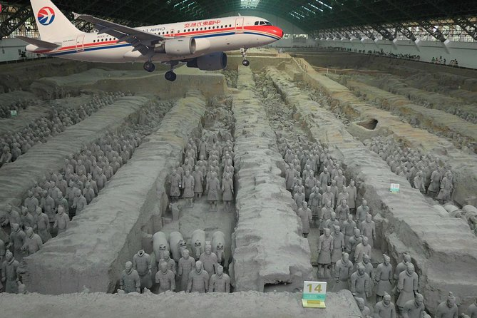 Visit the world famous Terracotta Warriors in Xian from Beijing in one single day with this private tour for your family and friends only. <br> • Terracotta warriors day tour from Beijing to Xian in one day.<br> • Round trip airfare Beijing-Xian-Beijing is included in the price. (Subject to availibity due to the date of your booking)<br> • Flexibility to choose different attractions from most popular sites to visit in Xi'an based on flights