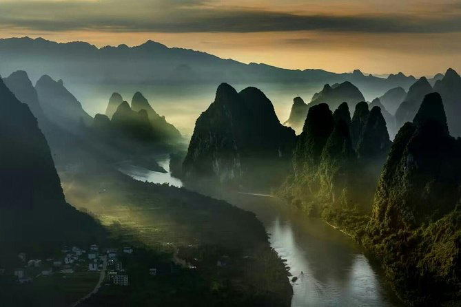 Visit highlights of Yangshuo including Xianggong Mountain, West street, and a bamboo boat ride on Yulong River with this private Yangshuo day tour. You will be picked up and dropped off from your Guilin or Yangshuo hotel, or from Guilin airport or train station.