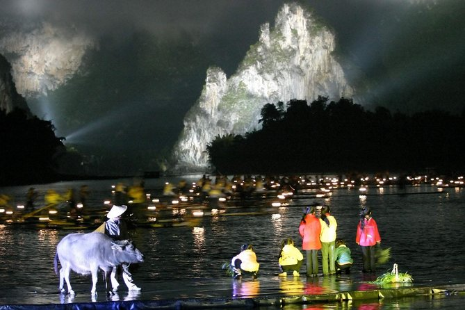 Full-Day Guilin Li-River Cruise and Yangshuo Liusanjie Show Private Tour, Guilin, CHINA