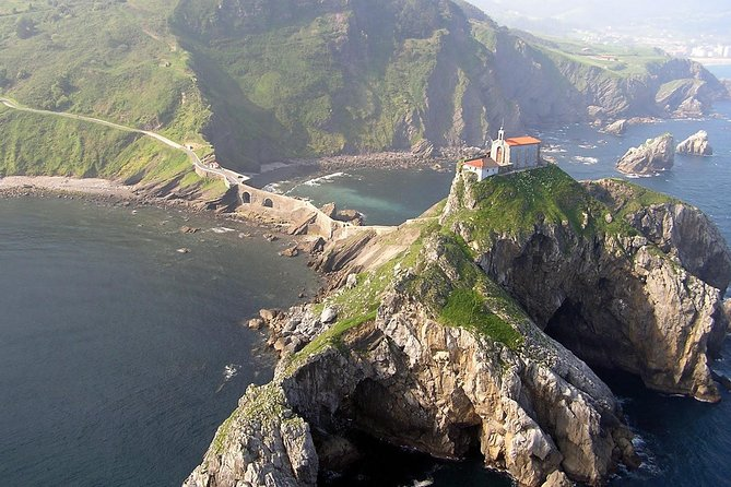 Discover the Basque region that surrounds Bilbao called Biscay ( Bizkaia in Basque language) during a full-day trip from San Sebastian. Fall in love with the charming 10th century hermitage of San Juan de Gaztelugatxe and climb its 241 stairs to get to the top and enjoy its magnificent views. Then head to Bilbao (the financial capital of the Basque Country) and get a glimpse of the architectural and traditional beauties of this wonderful city, including Guggenheim Museum (entrance ticket included). All this in one day, and with the convenience of private transportation (pick up and drop off at your hotel) & lunch included in the tour price!