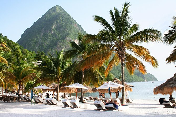 This is a group tour where all entrance fees, drinks (local beers, water and sodas) are included in pricing. Thison average 5-6-hour tour allows youto see thebeautiful island of St Lucia and all of itsbeautiful scenic areas. You will get to experience the island in a small-group in an affordable way. This shore excursionis for cruise ship passengers at the Castriescruise port and hotel in the north of the Island.