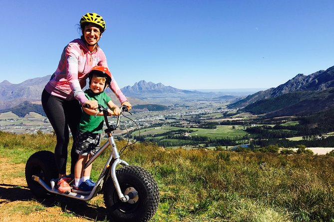 Anadventurous yet family friendly way to explore the magnificent mountains and wine farms surrounding the Franschhoek Valley.This tour is perfect for families with kids. During the tour you will mainly free wheel down the gentle slopes of wine farms. The route is easy to navigate and the only requirement is that you are able to ride a bicycle.