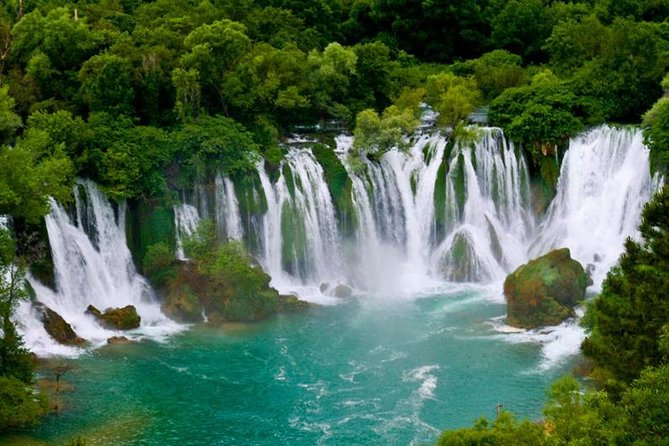 For all nature lovers and heritage sympathizers this tour is right decision. Day trip guarantee you new experience, having fun, new knowledge and absolutely excellent value for money. Tour includes visit to Kravice Waterfalls, Počitelj Old Town and Blagaj Tekke. You will have an unforgettable experience.