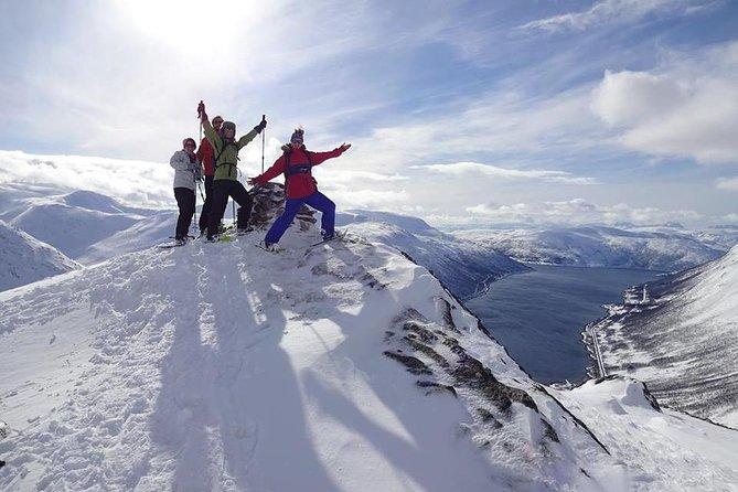 Snowshoe Hike on Whale Island in Tromso, Tromso, NORUEGA