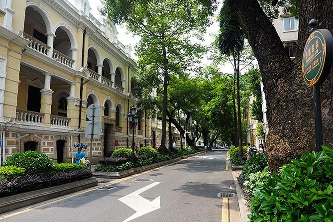 Guangzhou Private Tour with After Dinner and Pearl River Cruise, Canton, CHINA