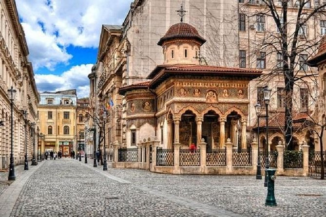 Explore Bucharest's Old Town on this 3-hour guided walking tour, which visits historical attractions such as Manuc's Inn, the Old Princely Court, Victory Avenue, and Stavropoleos Church. Afterwards, enjoy a refreshing lemonade at one of Bucharest's famous terraces.