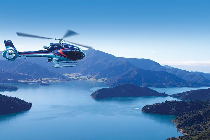 Bay of Many Coves Helicopter Tour with 3-Course Lunch from Wellington, Wellington, NUEVA ZELANDIA