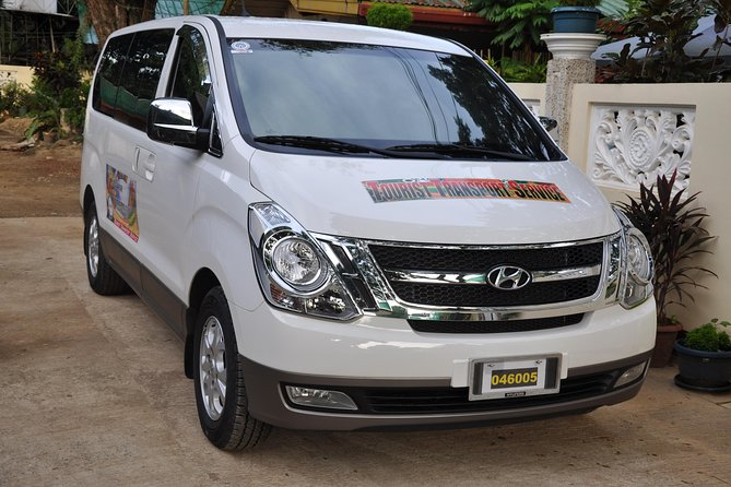 This is departure transfers from hotel to puerto princesa city airport. Arrange your transfers in advance and spend more time enjoying your trip and less time puzzling out the logistics. Enjoy comfortable and efficient transportation in an airconditioned van or car. The service is available at any hour to work with your specific flight times. The shuttle seats a maximum of 10 travelers. You will be asked to provide your hotel and flight information.<br><br>Please note that you must inform us the pick up location and time of pick up and your local contact number.