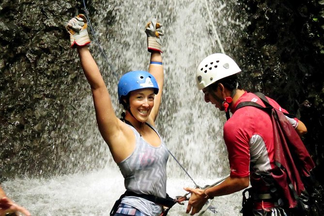 On this combo you'll experience two of La Fortuna's most exciting tours - Pure Trek Canyoning & White Water Rafting! <br><br>You'll startin the Pure Trek canyon,rappelling down tropical waterfalls, rock climbing, hiking, and participating in a Monkey drop (zip line & rappel). After canyoning you'll enjoy a quick snack and then head to the Balsa River for white water rafting. This river provides the perfect mix of nature viewing and excitement. After rafting you'll head to a local restaurant for a delicious Costa Rican style meal.