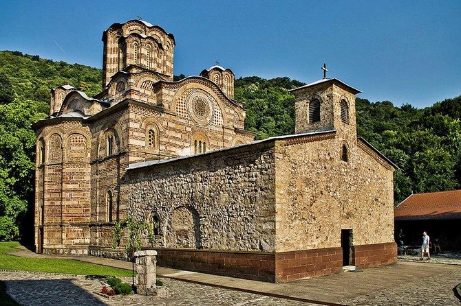 A whole day, complete Eastern Serbia experience. Get to know everything about the area on this 9-hours tour. <br><br>With live, professional guiding, in a small group and in an air-conditioned vehicle, you will visit famous Ravanica and Manasija orthodox monasteries, an 80 million years old Resava Cave, and you will learn about proud history of Serbia during XIV and XV century.<br><br>You will have the chance to fell the unique atmosphere of Eastern Serbia, and to taste traditional products of the area.