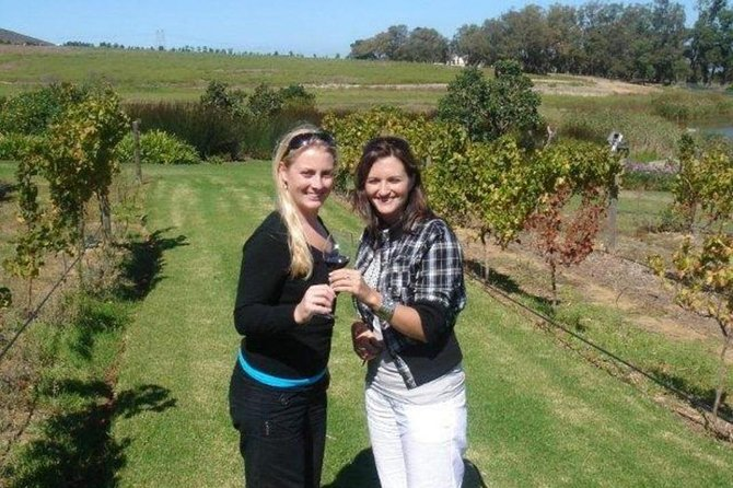 This is a bespoke tour visiting vineyards within a 15 km radius of Franschhoek. Your guide will discuss your wine and vineyard preferences prior to commencing the tour in order to put together the itinerary. As your tour progresses you and your guide can also modify the itinerary within the boundaries of the half-day tour.