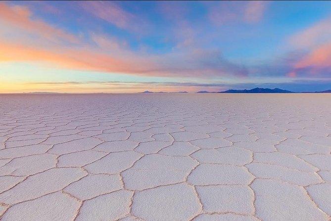 Full-Day Uyuni Salt Flat - Share in 4x4 VIP with English Speaking Guide, Uyuni, BOLIVIA