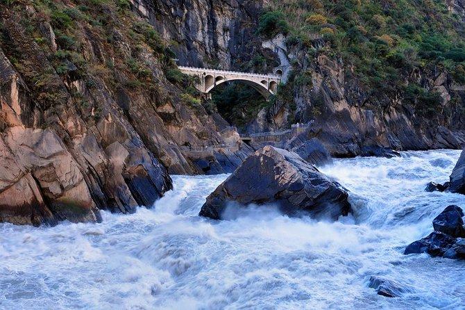 1-Day Tiger Leaping Gorge from Lijiang to Shangri-La, Lijiang, CHINA