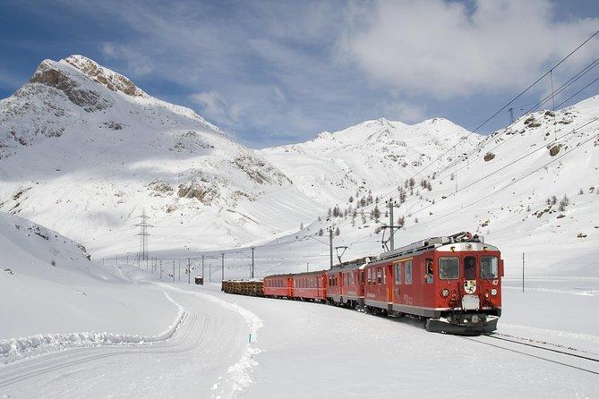 Recorrido En El Tren Bernina Express Y St Moritz, Milan, ITALIA