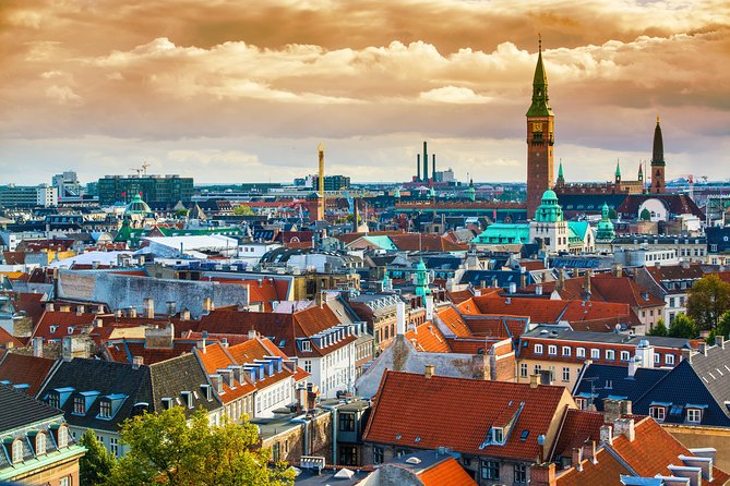 4-Hour Private City Walking Tour including a Canal Tour, Copenhague, DINAMARCA