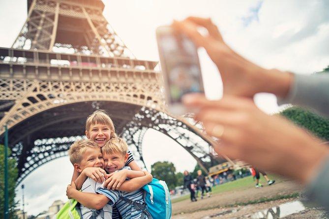 Excursão guiada na Torre Eiffel, de elevador, com opção de upgrade para acesso ao topo, Paris, França