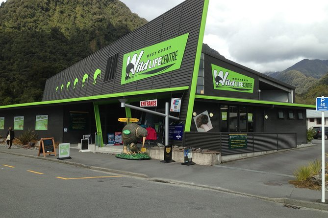 Skip the Line: Franz Josef Wildlife Center Ticket with Optional Backstage Pass, Glaciares Franz Josef y Fox, NUEVA ZELANDIA