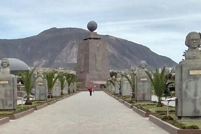 Visita turística privada a la Mitad del Mundo desde Quito, Quito, ECUADOR