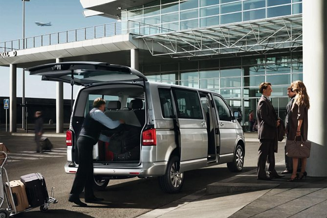 Private Transfer from Hotel in Frankfurt to Frankfort International Airport, Frankfurt, ALEMANIA
