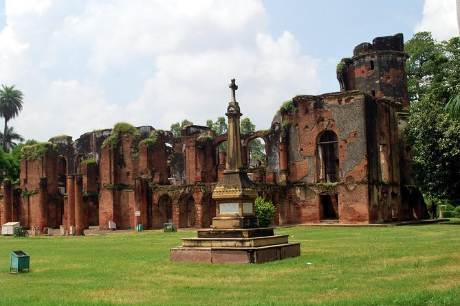This is a 3 hour curated walking tour of the Lucknow Residency.  The gardens and ruins offer a glimpse into the beginning of the end for the British Rule. Your guide will explain the history and dramatic events of 1857-58 and the Siege of Lucknow.  Choice of a 10:30 AM or 2:30 PM tour.<br><br>Highlights:-  <br> • The Residency <br> • History of the Siege of Lucknow <br> • Curated Walking Tour <br> • Mutiny Specialist Guide