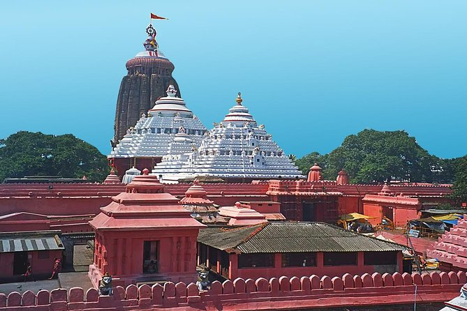 Puri is a vibrant and enticing part of India. Important to Hindus, it is a historical and spiritual place. Get to know the stories of Puri on this full day excursion. View the temples for which the city is famous and enjoy Puri's beach location at the Bay of Bengal.