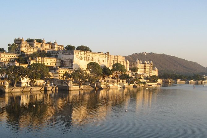 Your three day tour starts in Jodhpur. You will be driven by a private air conditioned vehicle to Udaipur known as the City of Lakes. Udaipur is located around azure water lakes and is hemmed in by lush green hills. The city boasts of museums, palaces, gardens, and monuments. The famous Lake Palace, located in the middle of Lake Pichola is one of the most beautiful sights of Udaipur. The city is also home to Jaisamand Lake, claimed to be the second largest man-made sweet water lake in Asia. The beautiful City Palace and Sajjangarh (Monsoon Palace) add to the architectural beauty and grandeur of the city you will get to know over these three interesting days.<br><br>Highlights<br> • Jain Temples of Ranakpur.<br> • Boat Ride at Lake Pichola<br> • City Palace<br> • Saheliyon ki Bari<br> • Folklore Museum