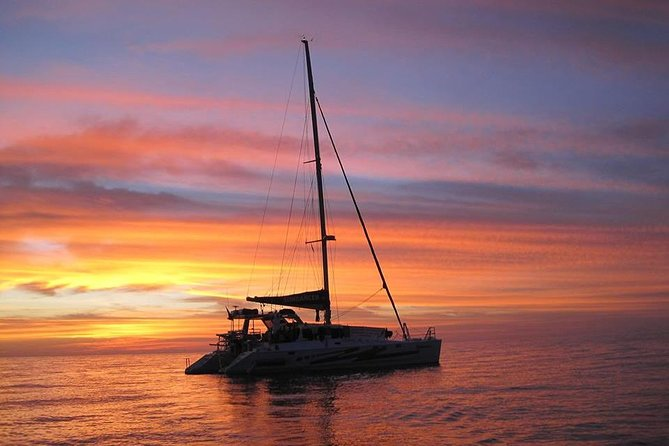 Come aboard for a 3-hour, tropical, sunset cruise on the magnificent Darwin Harbour. Sail aboard the Sundancer, a 50ft. ocean-going luxury catamaran. Your cruise includes Sparkling wine and a delicious tapas/barbecue dinner served throughout the evening. The maximum group size is 30 people.