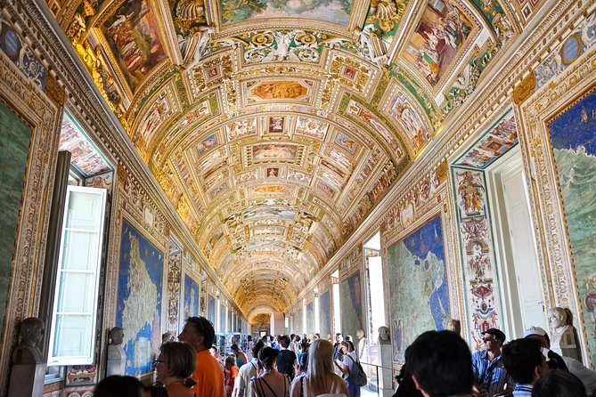 Enjoy a local guided tour of the Vatican Museums, the Sistine Chapel, and St. Peter's Basilica, skipping long entrance lines. Take a tour of the Vatican Museums and the Sistine Chapel, jumping the lines! No stress to reach the area: upon arrival, your guide will lead you into the museums, where you'll visit one of the most important art collections in the world. Admire the Gallery of Tapestries and the Geographical Maps before arriving at the famous Sistine Chapel and the unforgettable Basilica!